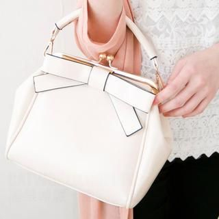 CatWorld - Bow-Accent Satchel