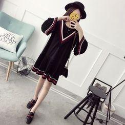 Qimi - Striped Pleated Trim Long Sleeve Dress