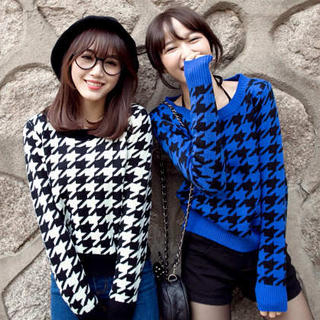 Tokyo Fashion - Houndstooth Cropped Sweater