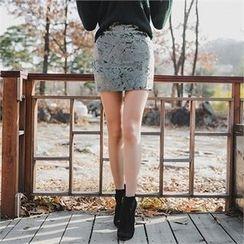 ERANZI - Velvet Mini Pencil Skirt
