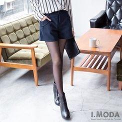 OrangeBear - Pleated Shorts