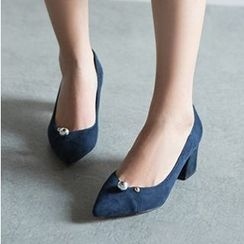 Sidewalk - Pointy Pumps