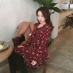QZ Lady - Long-Sleeve Floral Dress