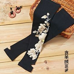 Ebbie - Flower Embroidered Long Fingerless Gloves