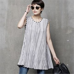 HALUMAYBE - Sleeveless Striped Blouse