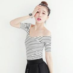 Tokyo Fashion - Off-Shoulder Striped Cropped Top