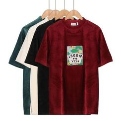 Momewear - 短袖刺绣上衣