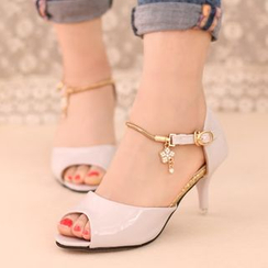 IYATO - Charm-Accent Sandals