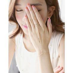 soo n soo - Inset Bracelet Cross Chain Ring