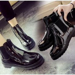 BAYO - Patent Chelsea Boots