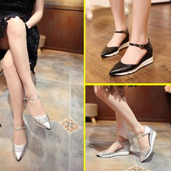 Banaba - Ankle Strap Pointed Wedge Pumps