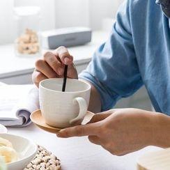 Modern Wife - Ceramic Mug / Saucer