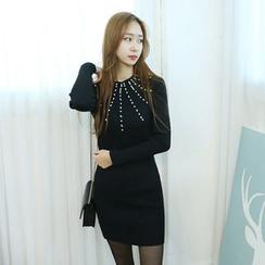 Dodostyle - Beaded Accent Ribbed-Knit Mini Dress