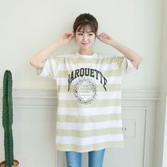 CLICK - Lettering Print Stripe T-Shirt