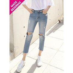BBAEBBAE - Cutout-Trim Straight-Cut Jeans