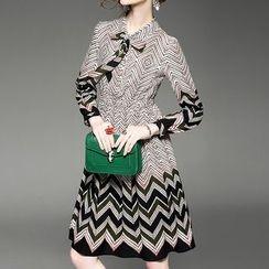 Alaroo - 鋸齒長袖領結帶A字連衣裙