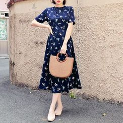 HOTPING - Round-Neck Floral Print Midi Dress