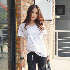 REDOPIN - V-Neck Paint Splatter T-Shirt