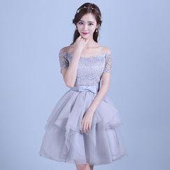 Tinkabel - Off-shoulder Tiered Bridesmaid Dress