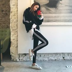 DABAGIRL - Set: Hood Contrast-Trim Sweatshirt + Slim-Fit Sweatpants
