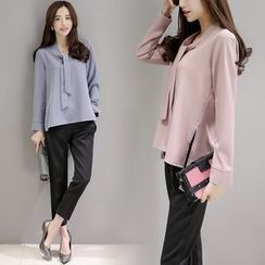 Sienne - Set: Long Sleeve Tie Neck Blouse + Cropped Pants