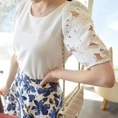 OTTI - Short Sleeved Lace Panel Chiffon Top