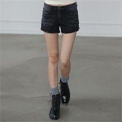 CHICFOX - Fray-Hem Washed Denim Shorts