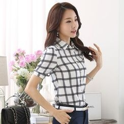 In the Mood - Short-Sleeve Plaid Shirt