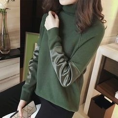 Little V - Panel Turtleneck Sweater