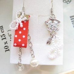 Fit-to-Kill - Hand made Lovely clock with red spot cotton earrings