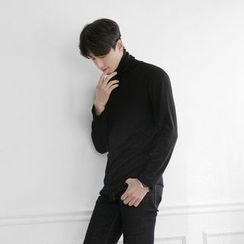 Seoul Homme - Turtle-Neck Long-Sleeve Top