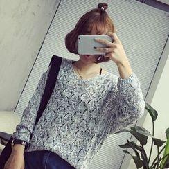 QZ Lady - Pointelle Knit V-Neck Sweater