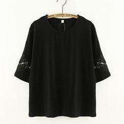 Meimei - Lace Trim Short-Sleeve Crewneck T-Shirt
