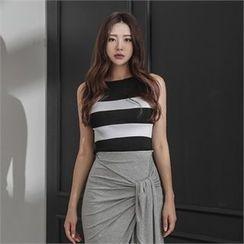 ERANZI - Sleeveless Striped Knit Top
