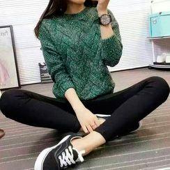 Everose - Round-Neck Sweater