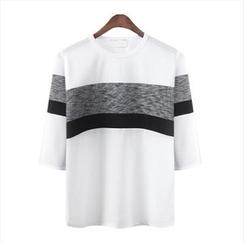 WIZIKOREA - 插色 T 恤