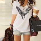 Cocopop - Eagle Print V-Neck T-Shirt