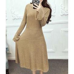 Dream Girl - Bell-Sleeve Midi Knit Dress