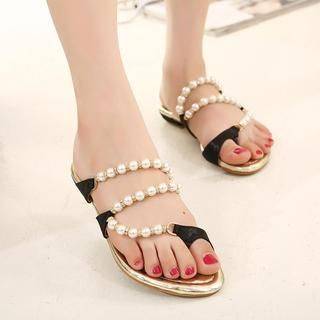 X Times - Faux-Pearl Toe-Loop Sandals