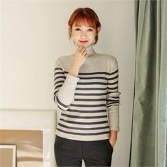 Styleberry - Turtle-Neck Stripe Knit Top