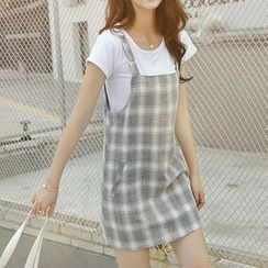 MayFair - Set: Plain Short-Sleeve T-Shirt + Plaid Pinafore Dress