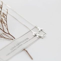 Love Generation - Non-matching Leaves Sterling Silver Drop Earrings