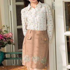GU ZHI - Wool Blend Embroidered Pocket-Accent Skirt