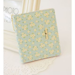 Bags 'n Sacks - Floral Print Metal Accent Bifold Short Wallet