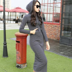 Grainie - Hooded Long-Sleeve Maxi Dress
