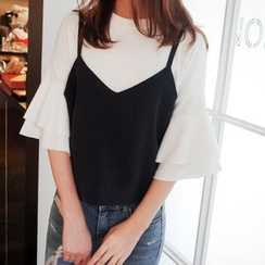Jolly Club - Set: Flare-Sleeve Top + Camisole Top