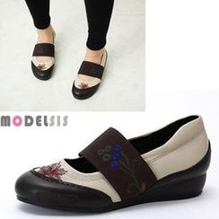 MODELSIS - Flower-Embroidered Wedges