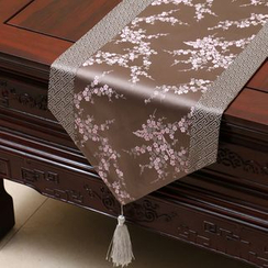 Sun East - Floral Silky Table Mat