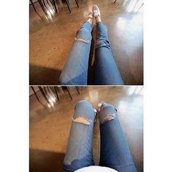 Momnuri - Maternity Slit-Knee Washed Boot-Cut Jeans