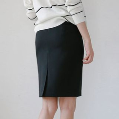 JUSTONE - Zip-Back Pencil Skirt